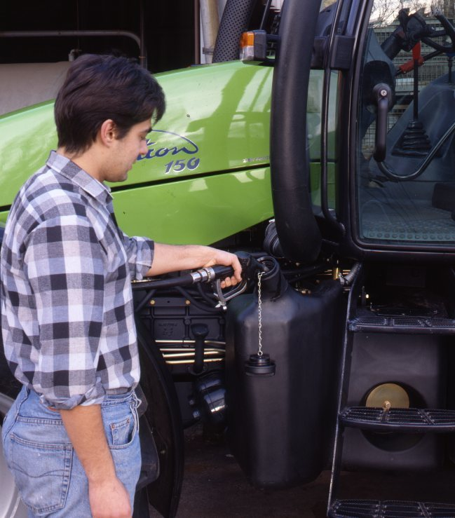 [Deutz-Fahr] trattore Agrotron 150 dettagli