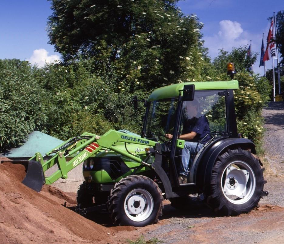 [Deutz-Fahr] trattore Agrokid 25-35-45 con pala caricatrice
