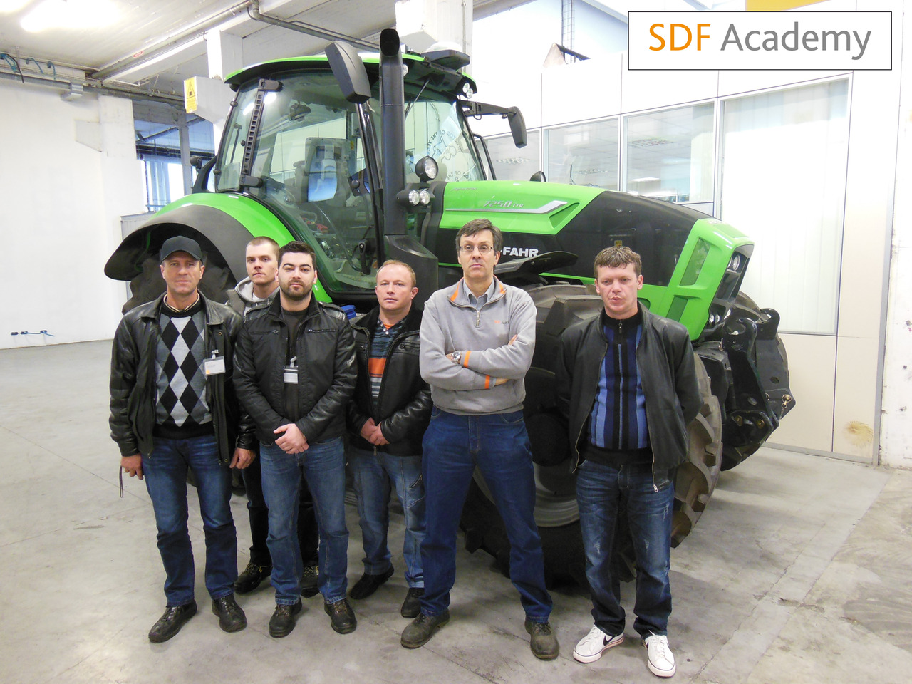 SDF Academy - Corso con tecnici rumeni