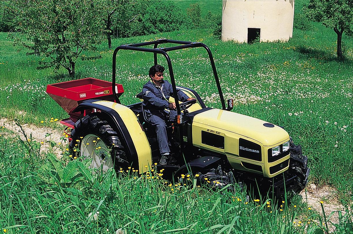 [Hürlimann] trattore H 306 XE al lavoro