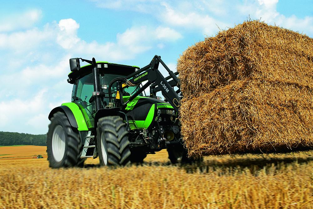 [Deutz-Fahr] trattori serie Agrotron, Agroplus, Agrocompact, Agrokid, Agrovector e mietitrebbia 5690 HTS al lavoro e in studio