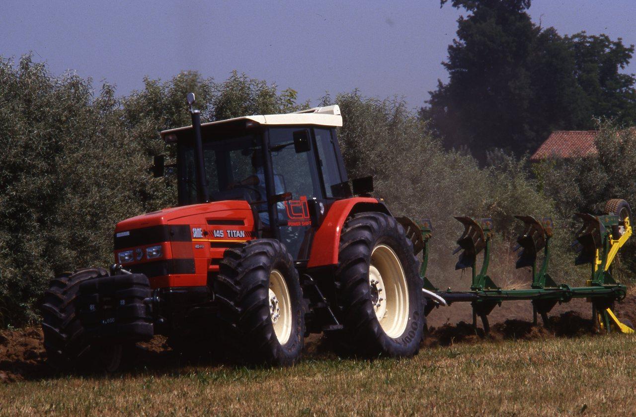 Trattori SAME Titan e Deutz-Fahr Agrotron in campo