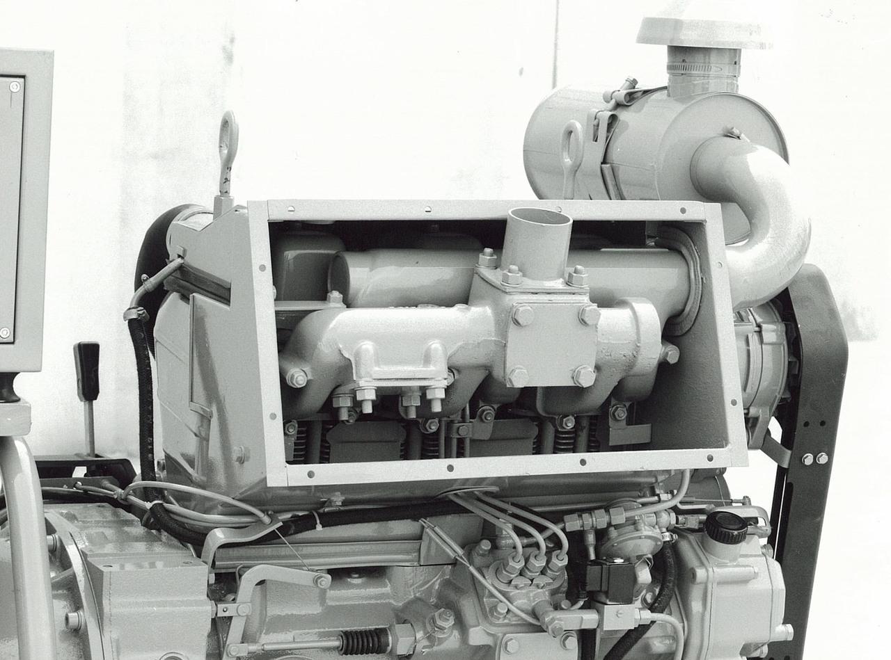 Motore ADIM per uso industriale - 3 cilindri con filtro aria