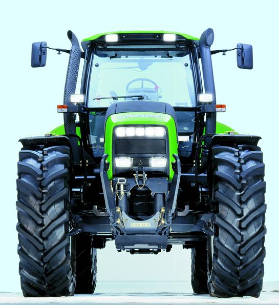 [Deutz-Fahr] trattore Agrotron 215 in studio fotografico