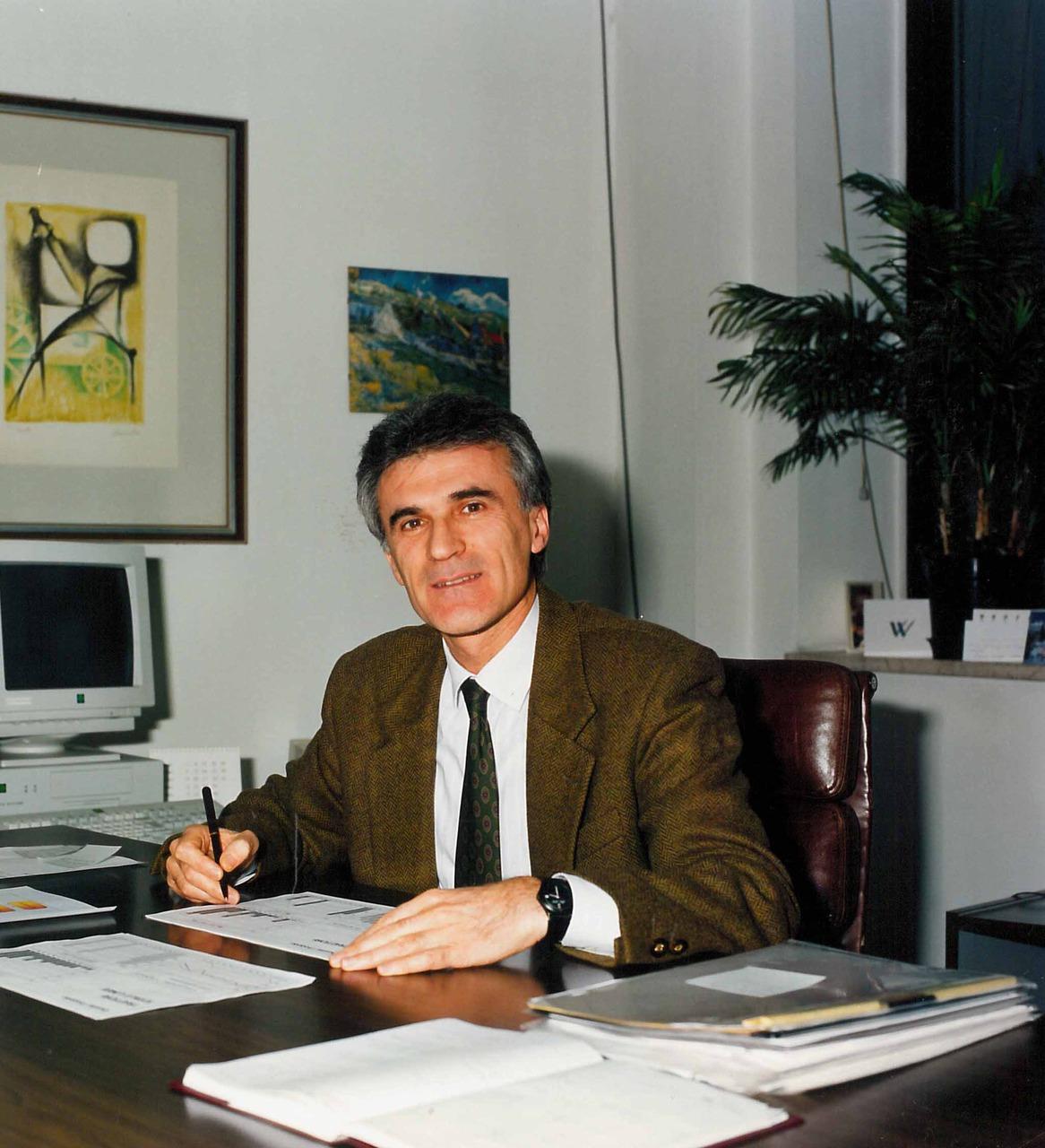 Sig. Virginio Pescalli - Direzione del personale SDF