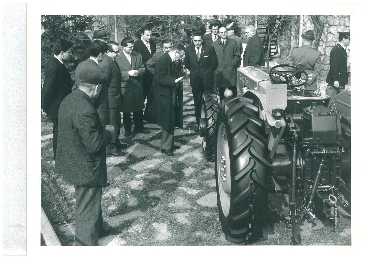 Lancio del trattore SAME Centauro a Cuneo