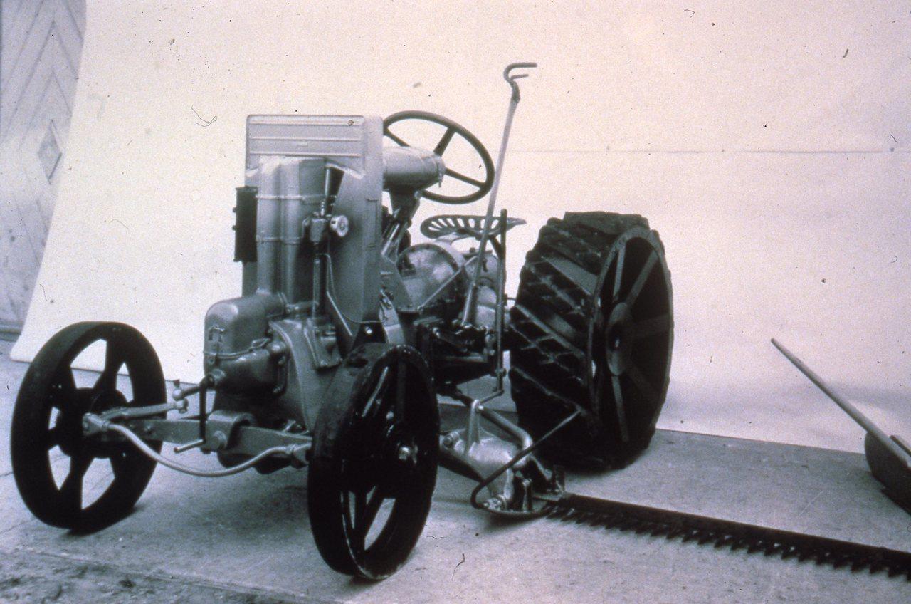 [Hürlimann] trattorino 1K 10 con barra falciante