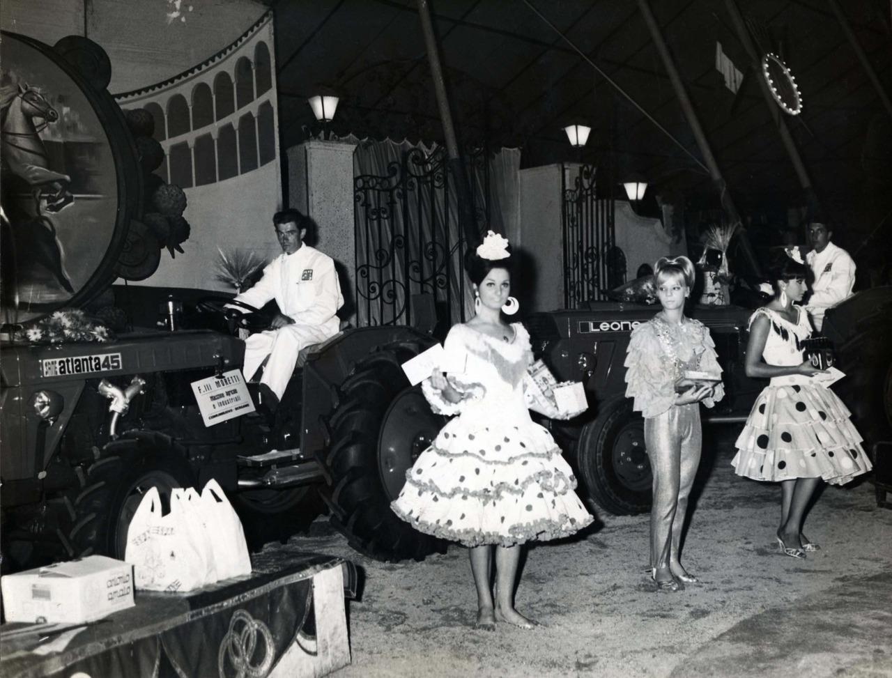 Presentazione trattori SAME Atlanta 45 e Leone al circo