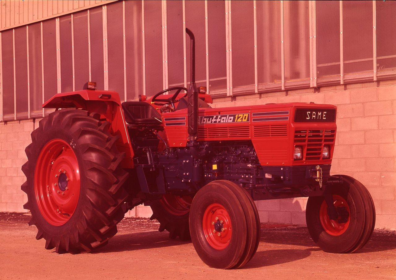 [SAME] trattore Buffalo 120