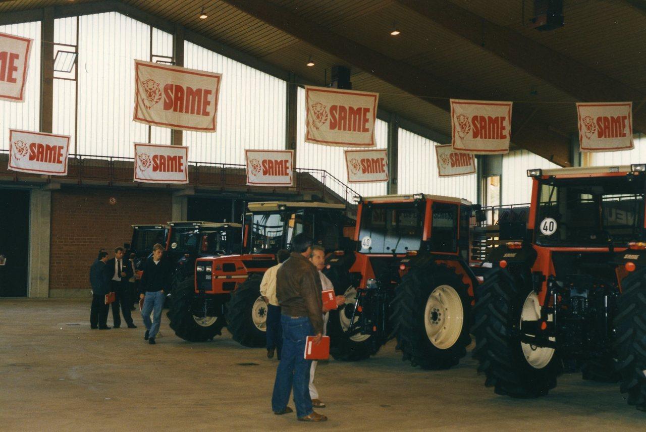 Trattori Same in esposizione durante giornate di vendita