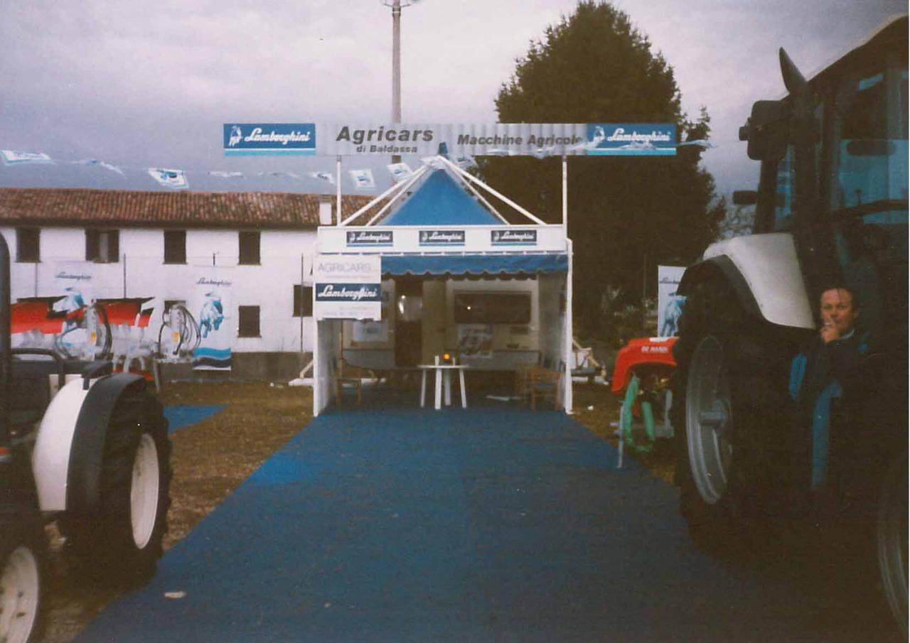 "Concessionario Lamborghini ""Agricars Macchine Agricole"""