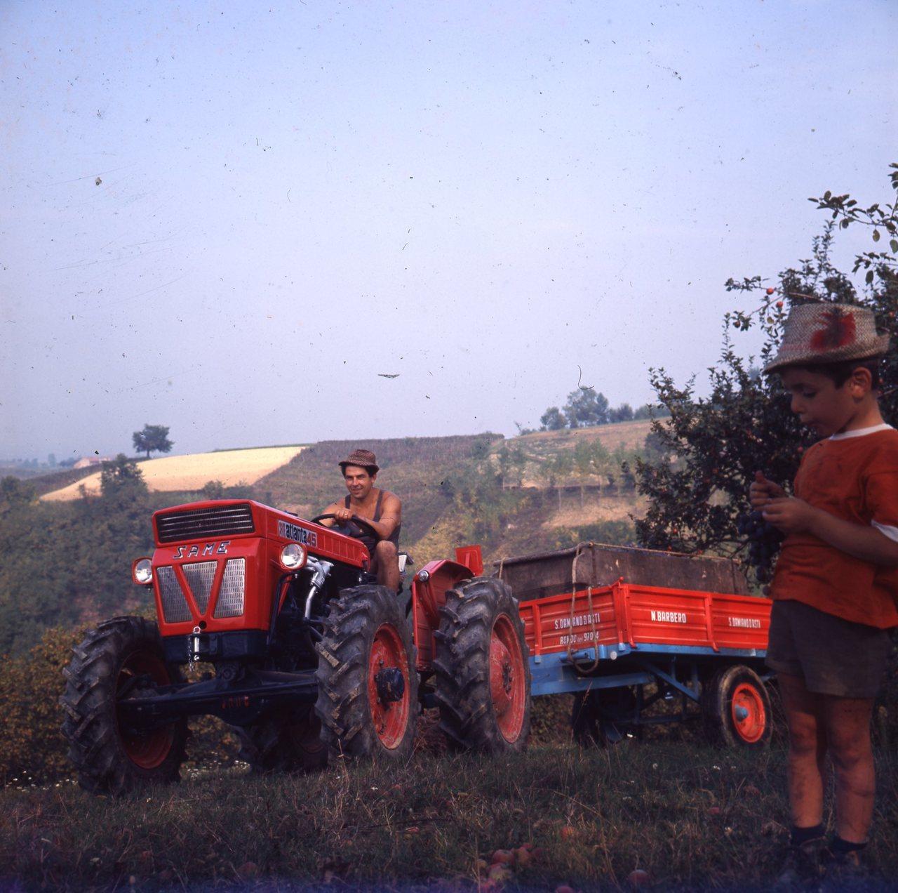 [SAME] Fotocolor Colline dell'Astigiano, Atlanta 45, 1967