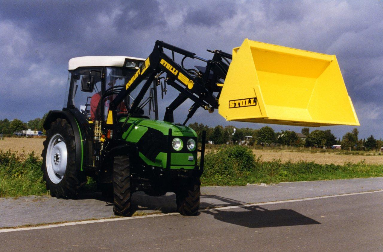 [Deutz-Fahr] trattore Agrocompact con pala caricatrice