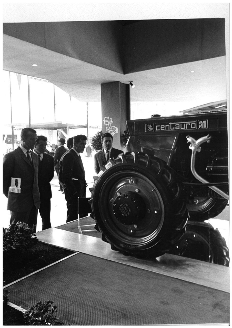 Fiera di Verona - Esposizione trattore SAME Centauro