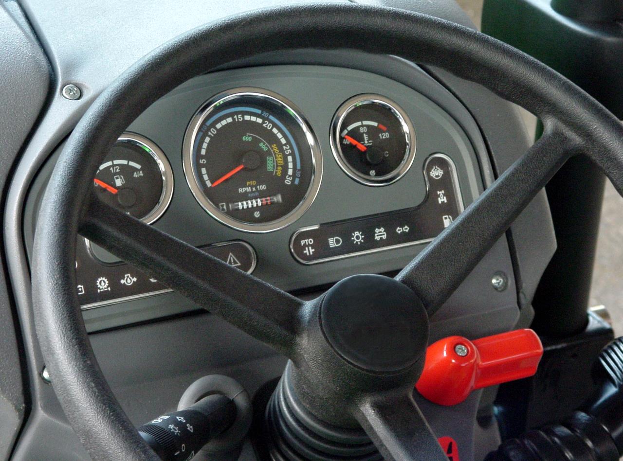 [Lamborghini] trattore R1 e particolari