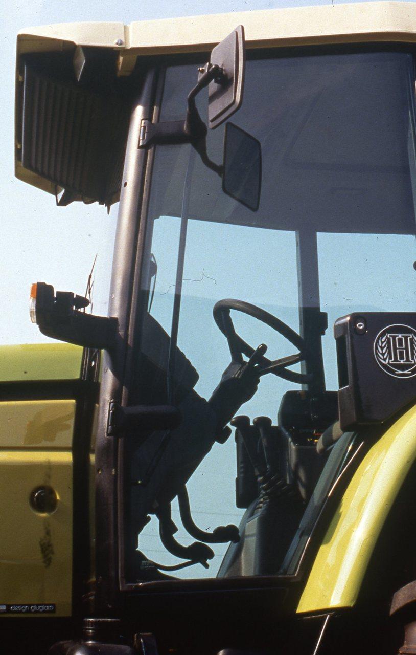 [Hürlimann] particolari trattore XT 910.6