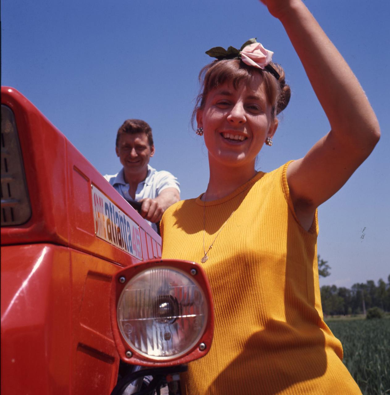 [SAME] trattore Atlanta 45 in un servizio fotografico in campo