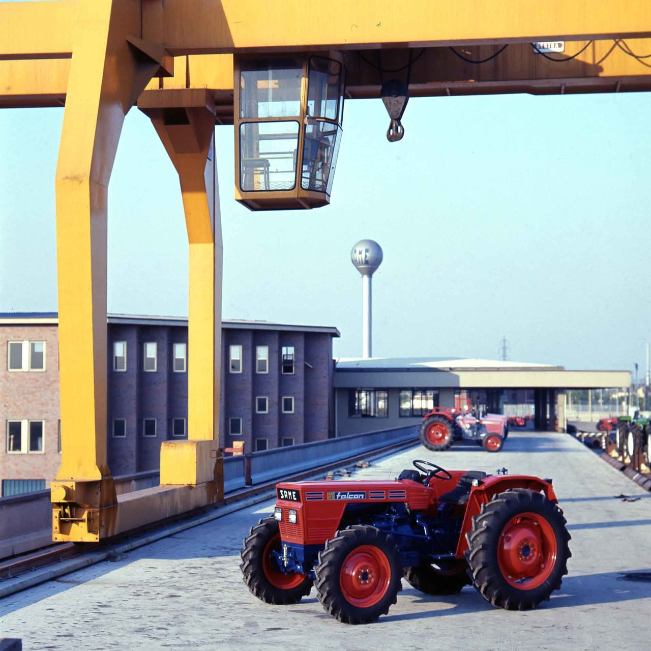 [SAME] trattore Falcon presso lo stabilimento di Treviglio