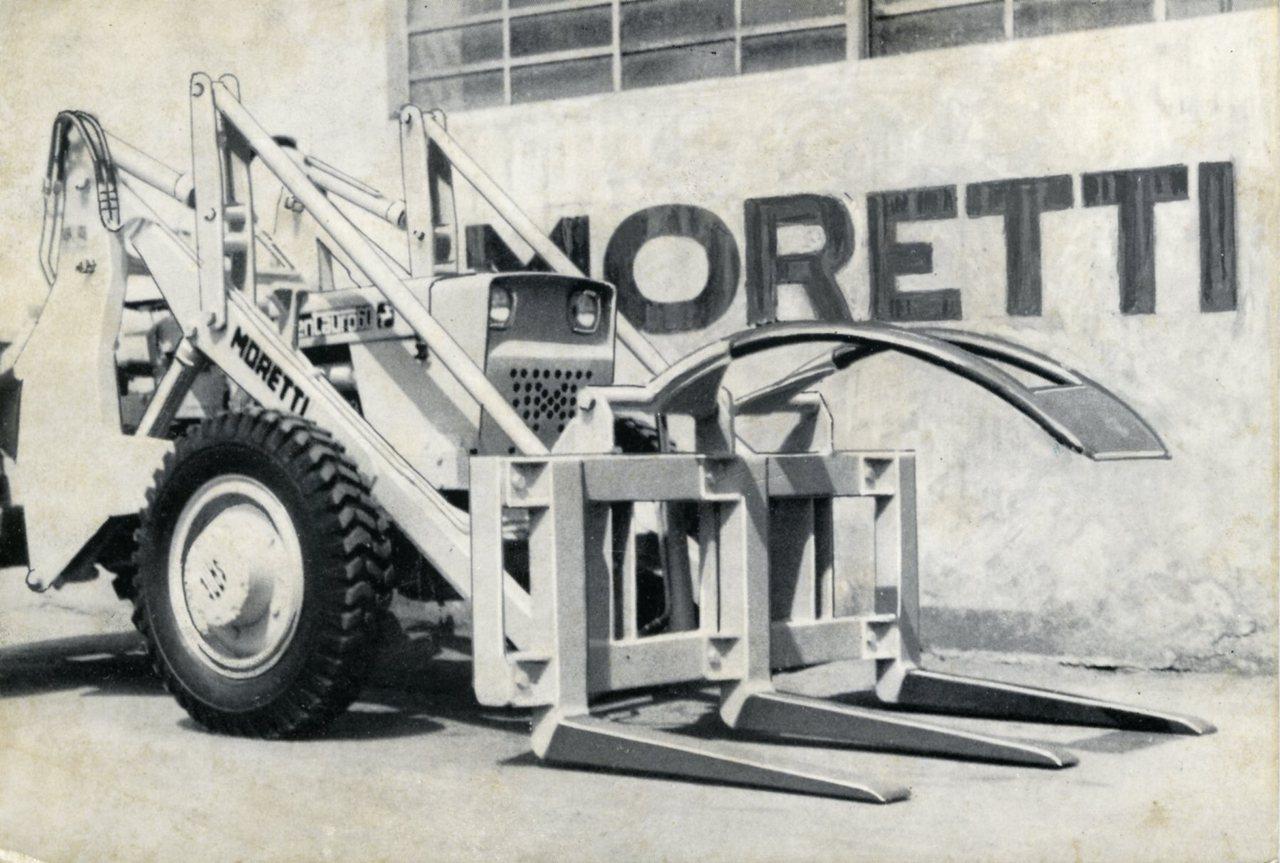 Forca caricatrice montata su SAME Centauro 60 a 4 ruote motrici