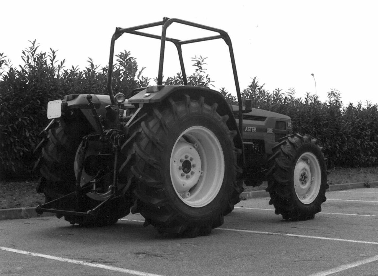Trattore SAME Aster 70 Turbo con le 4 ruote motrici