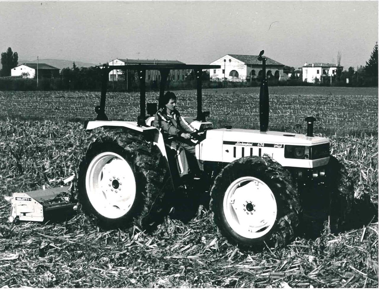 Trattore modello 674.5