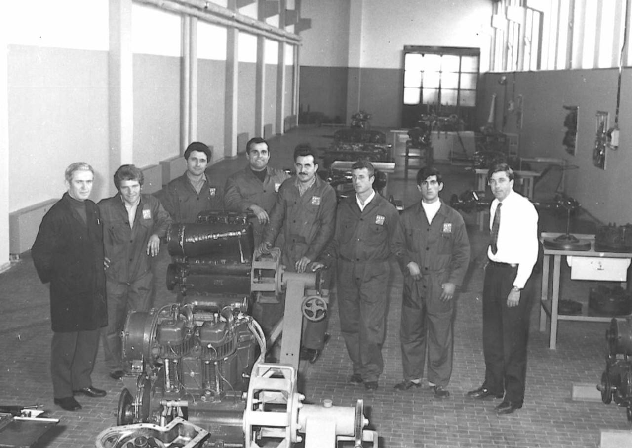 Corso meccanici Nº 2 - Gruppo italiani