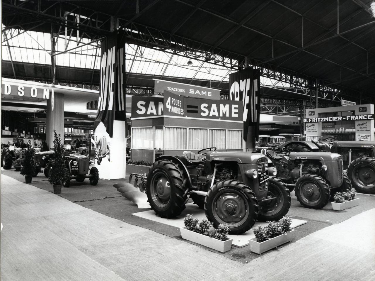 Salon de la machine agricole, Parigi 1964 - Particolare dello stand SAME
