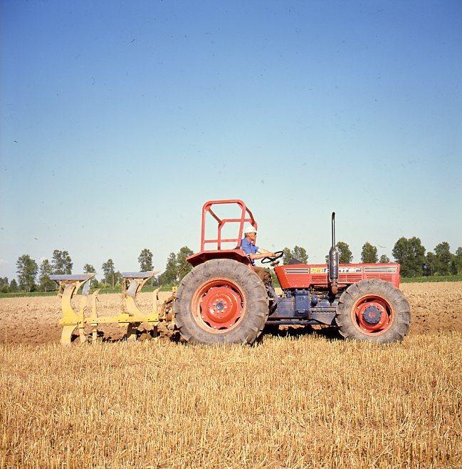[SAME] trattore Panther DT in lavori di aratura