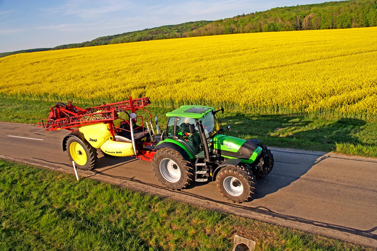 [Deutz-Fahr] trattore Agrotron 150 con irroratrice