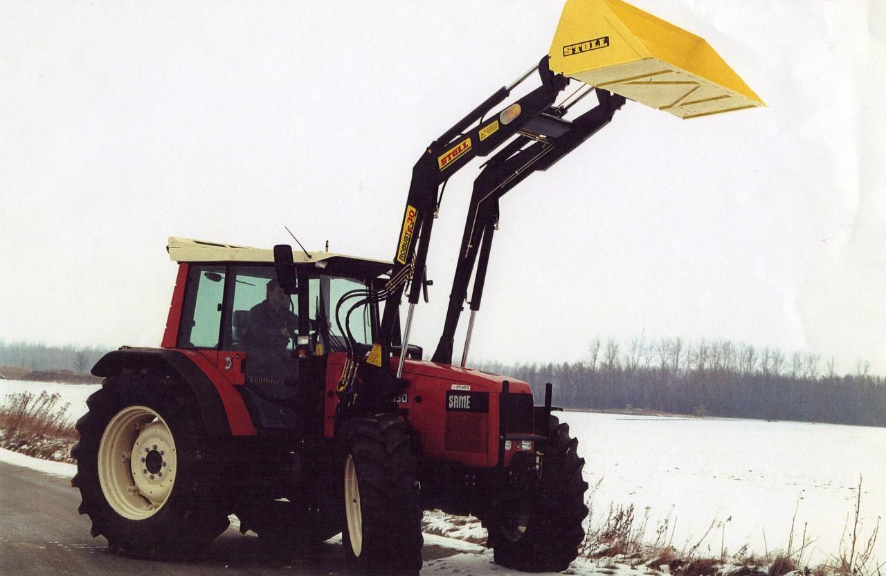 [SAME] trattore Antares 130 al lavoro con pala