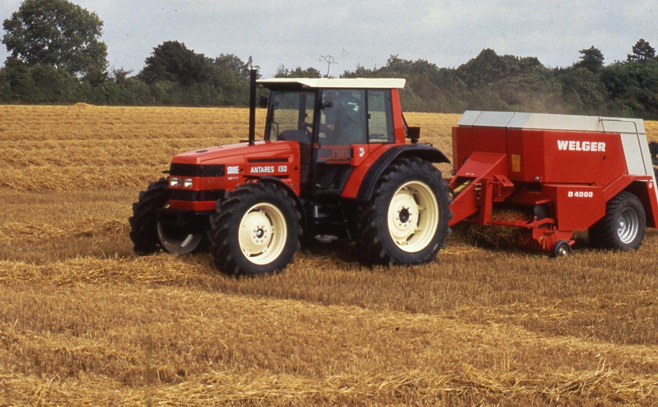 [SAME] trattore Antares 130, prove in campo lavori di fienagione
