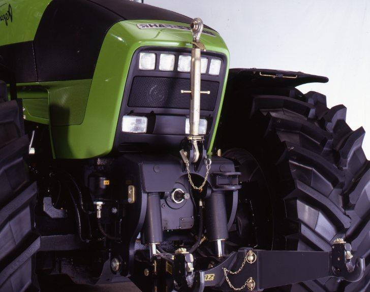 [Deutz-Fahr] trattore Agrotron 210 vista laterale e dettagli