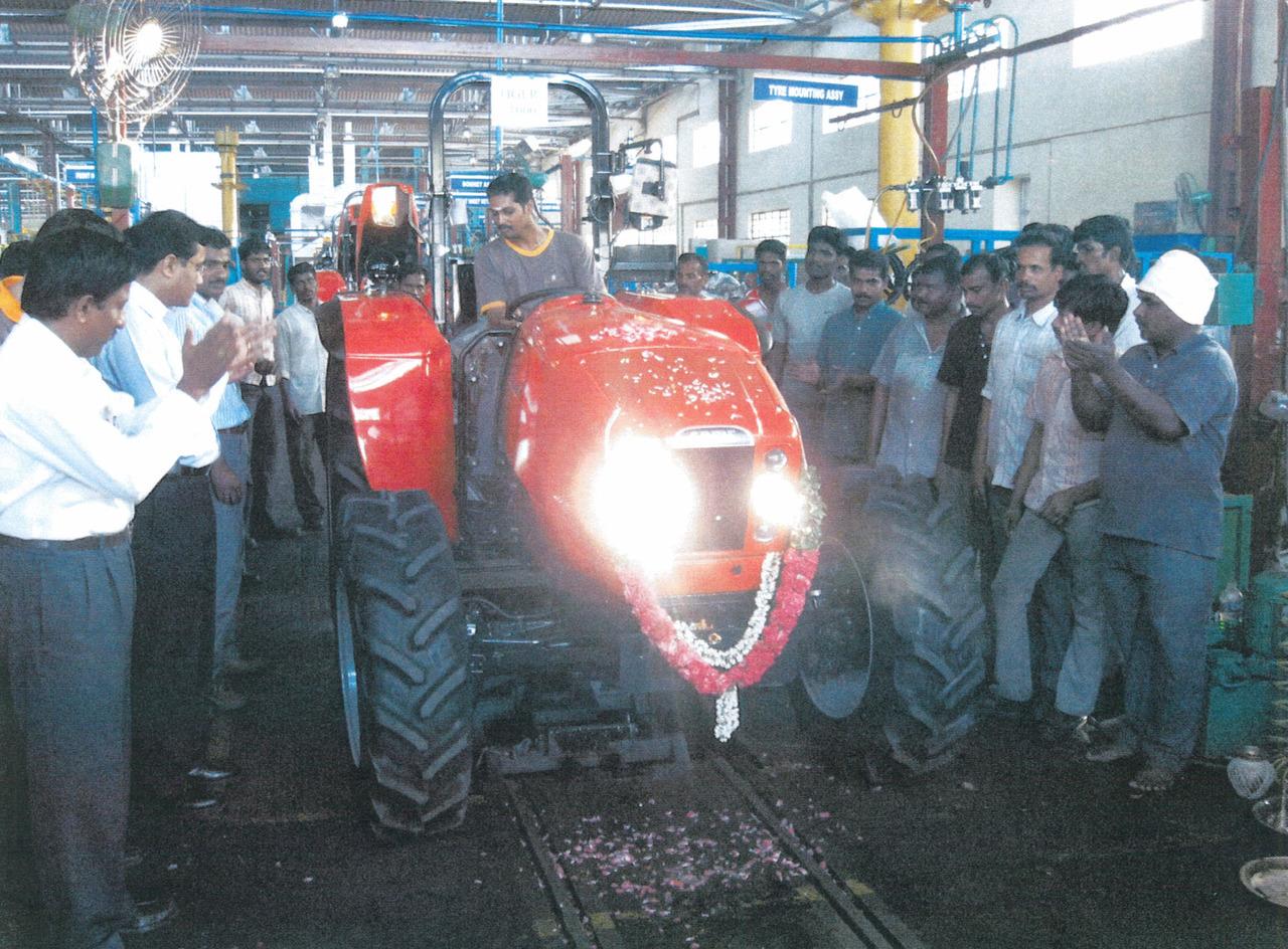 Festeggiamenti relativi al millesimo trattore SAME Tiger prodotto nello stabilimento indiano del Gruppo SDF