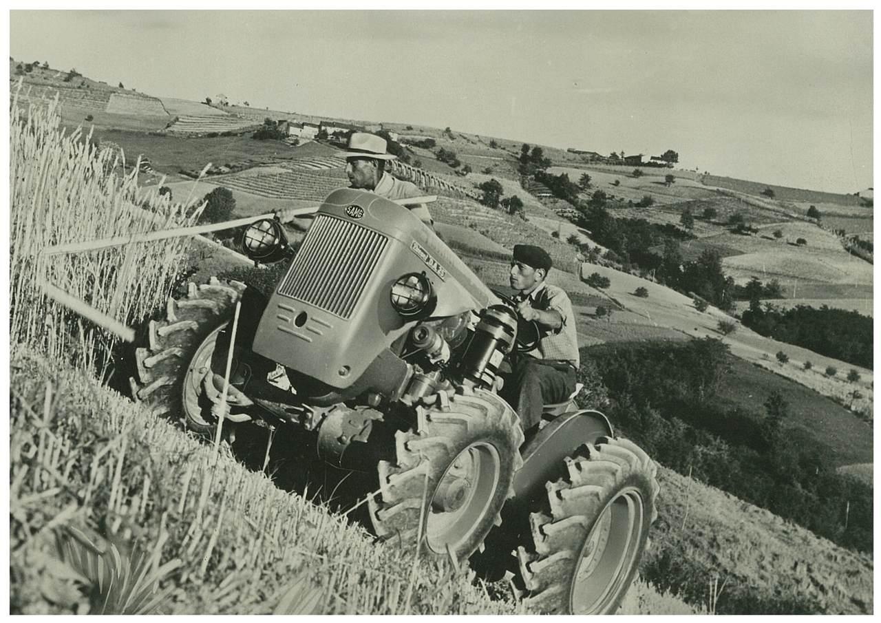 Trattore SAME DA 25 a 4 ruote motrici tipo Trento