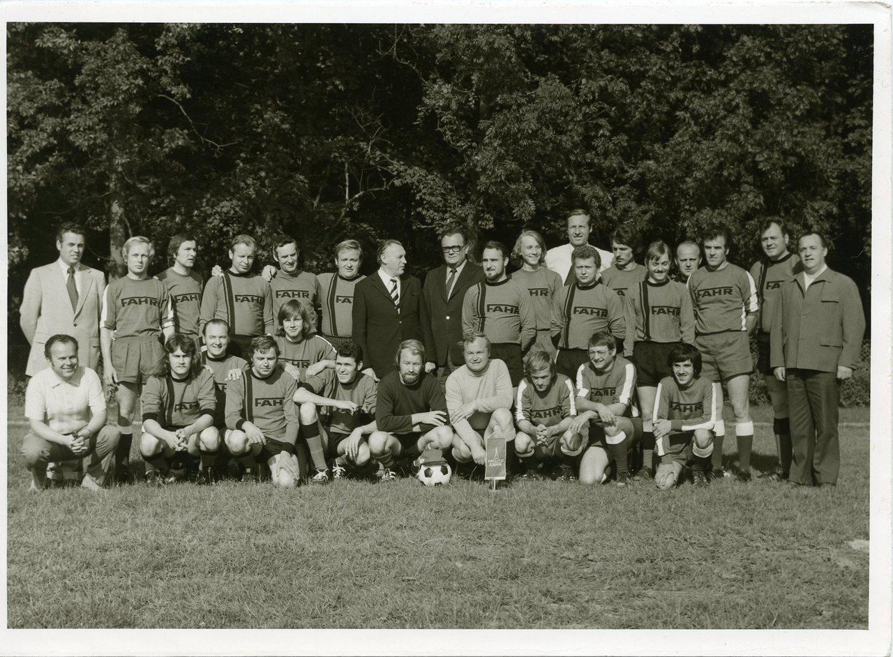 [Fahr] Squadra di calcio Fahr