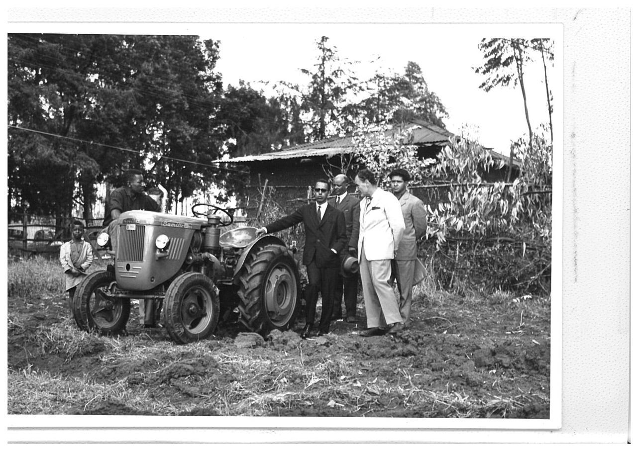Concessione agricola di Om Hager (Eritrea) con trattori SAME