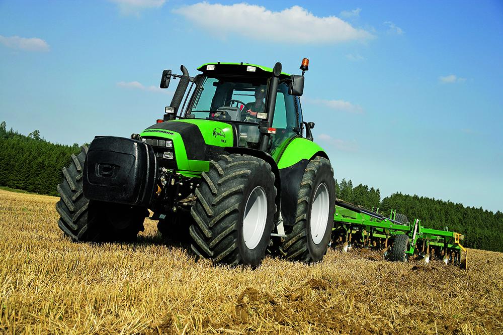 [Deutz-Fahr] trattori serie Agrotron, Agrolux, Agroplus, Agrofarm, Agrovector al lavoro