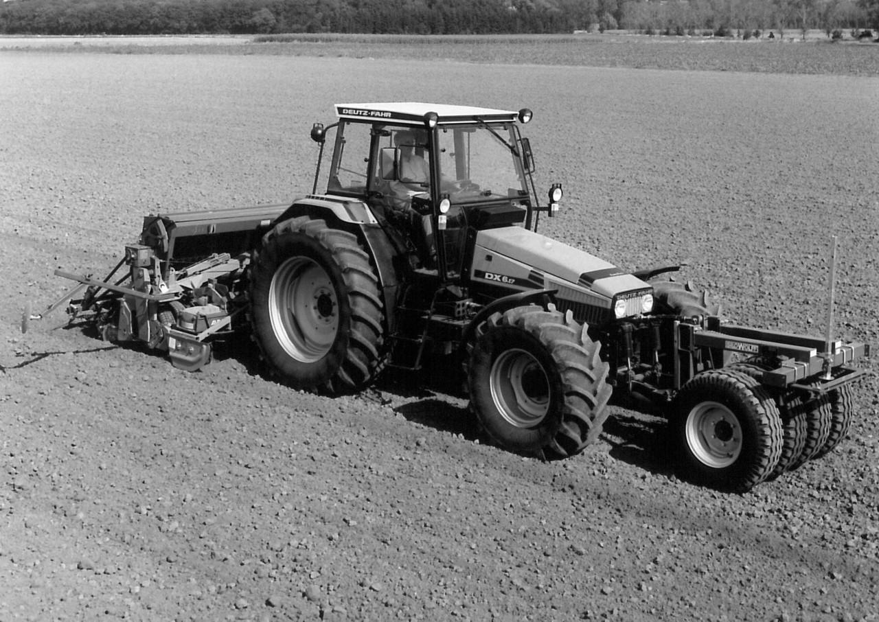 [Deutz-Fahr] trattore AgroXtra 6.17 al lavoro