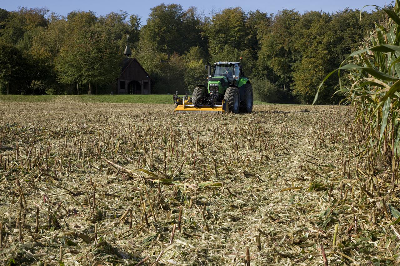 [Deutz-Fahr] trattore Agrotron X 720 al lavoro in campo presso Havixbeck