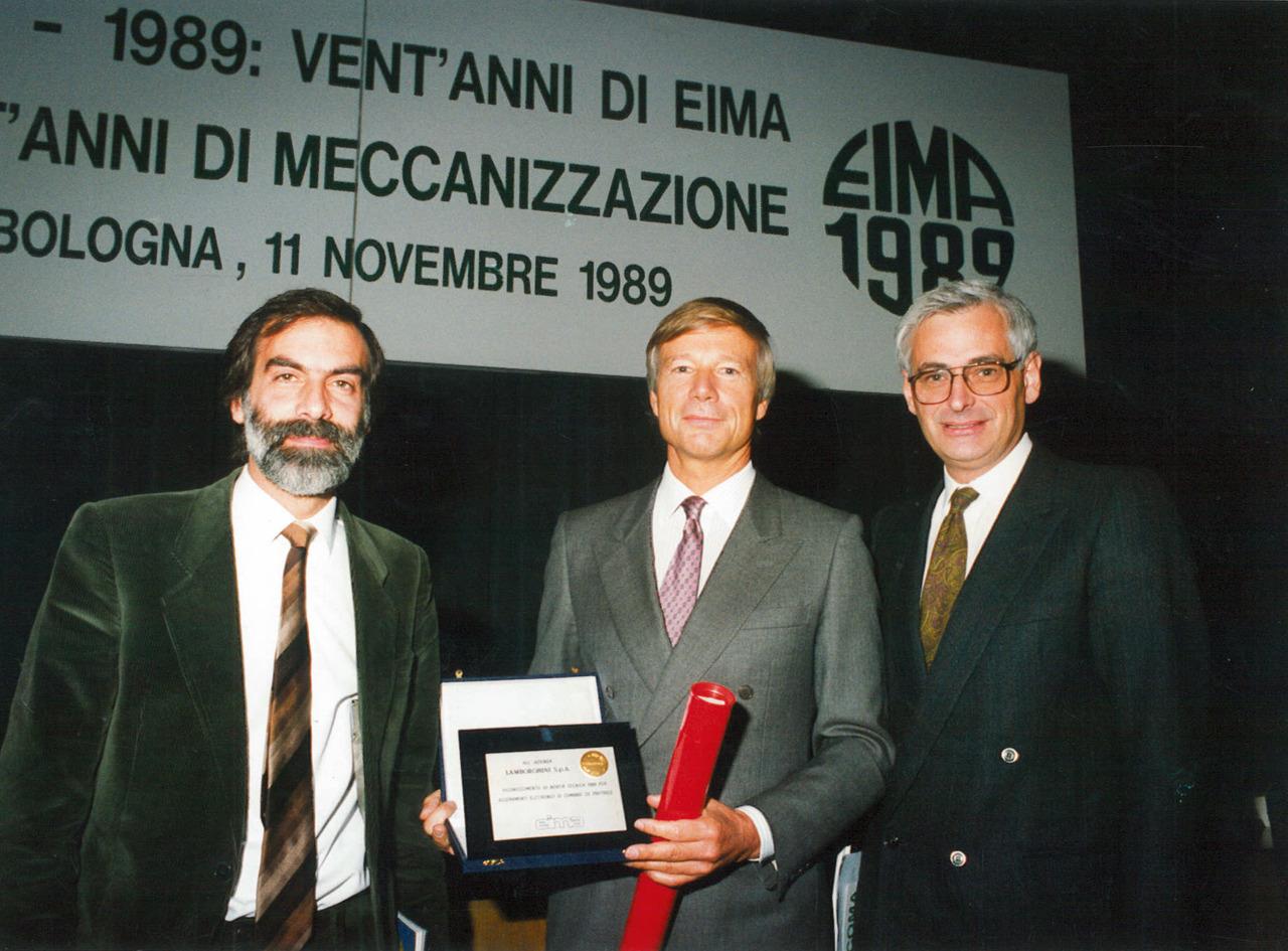 Premiazione dei trattori Lamborghini durante l'Eima di Bologna